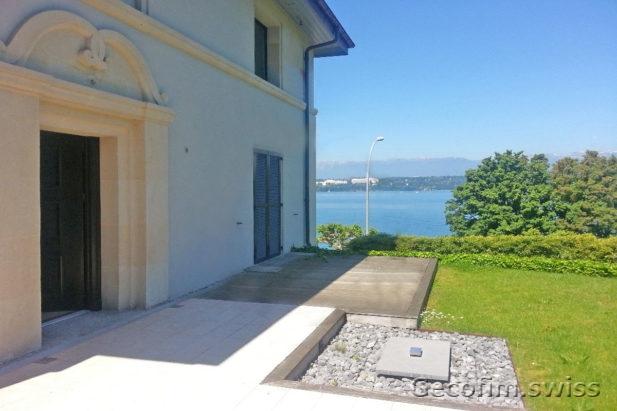 Vente villa sur la rive du lac cologny suisse acheter for Acheter une maison a geneve
